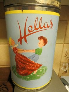 Finnish Hellas candy tin Enamel Ware, Tin Containers, Tin Cans, Vintage Tins, Tin Boxes, Home Art, Dutch, Nostalgia, Old Things
