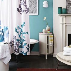 Modern bathroom design and decorating ideas that include seashells and seas shell images feel natural and pleasant, reminding of gorgeous beaches and care-free vacations