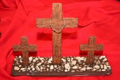 Back to the ancient ways> wooden cross craft Days Until Easter, Wooden Cross Crafts, Good Friday Crafts, Resurrection Day, Lenten Season, Catholic Kids, Palm Sunday, Holy Week, Family Crafts