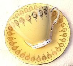Pretty Colclough 1940s bone china tea set. Butter by BuyfromGroovy