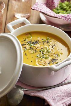 crema de calabaza al curry. Crema de calabaza al curry Pumpkin Recipes, Soup Recipes, Vegan Recipes, Snack Recipes, Dinner Recipes, Cooking Recipes, Healthy Recepies, Healthy Diet Tips, Healthy Snacks
