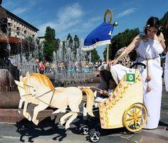 Carrito de bebé tuneado para Carnaval