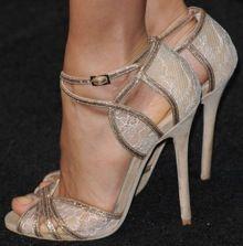 Thandie Newton — Stunning in Gold Jimmy Choo Sandals