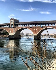 Ponte coperto. Bridge. Pavia, Italia.