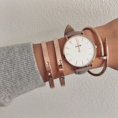 If there is anything more elegant than gold, that is the pink version of it #rosegold #watch #grey