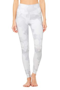 <p>This new classic gets a fresh update with an all-over print. Spotted on Gigi Hadid, the High-Waist Airbrush Legging has a 4.5-inch rise and all the best assets of the classic version, like no side seams and a yogi-tested fit that lifts and sculpts.</p>