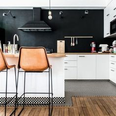 The Appeal of Interior Design Kitchen Simple White Cabinets - grhaku Best Flooring For Kitchen, White Wood Kitchens, Black Kitchens, Kitchen Flooring, Kitchen Decor, Home Decor, Wood Kitchen, White Interior Design, Kitchen Design