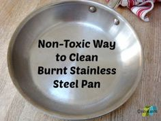 how to clean burnt stainless steel pan - C White Vinegar 1 Tbsp Baking Soda Square Aluminum Foil Scrub gently with foil Cleaning Burnt Pans, House Cleaning Tips, Diy Cleaning Products, Kitchen Cleaning, Cleaning Diy, Homemade Products, Cleaning Recipes, Cleaning Solutions, Spring Cleaning