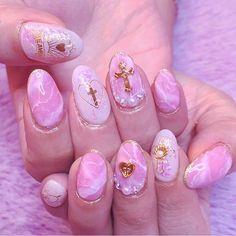 """997 Likes, 3 Comments - Pink rose WindowKAI (@kai32) on Instagram: """"ピンクの大理石✝ #nail #gelnail #nailart #pink #marble #大理石 #天然石 #ローズクォーツ #美甲 #pink_rose_window #kai_nail"""""""