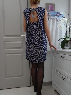 LA BELLE LUTETIA – online discount mercery, Paris Source by labellelutetia Sewing Clothes Women, Diy Clothing, Clothing Patterns, Dress Patterns, Clothes For Women, Diy Vetement, Diy Mode, Couture Sewing, Vogue Fashion