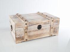 Schatzkisten und Truhen | myboxes.at Storage Chest, Decorative Boxes, Furniture, Home Decor, Coffer, Dekoration, Decoration Home, Room Decor, Home Furnishings