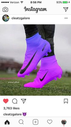 Ideas for sport soccer nike football boots Best Picture For pretty Soccer Cleats For Your Girls Soccer Cleats, Nike Soccer Shoes, Nike Football Boots, Nike Cleats, Soccer Outfits, Soccer Gear, Soccer Boots, Play Soccer, Football Cleats