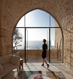 Amazing: Contemporary Flat in Historic Israeli Building (see the entire tour!)