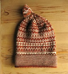 Traditional Swedish knit cap. Pattern is from Halland, Sweden -rust and white yarn. 100 percent wool. Sport weight. on Etsy, $40.00