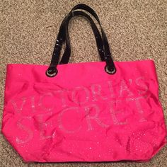 Victoria's Secret Tote Bag Sturdy tote bag with lots of space! Bags Totes