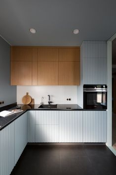 How to design your kitchen design in a thematic area – lamp ideas Kitchen Room Design, Home Decor Kitchen, Kitchen Furniture, Interior Design Living Room, Home Kitchens, Kitchen Dining, Layout Design, Küchen Design, Home Design