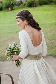 cec29a96e Confesiones de una boda  Vestidos novia Vestidos De Comunión