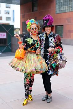 I don't know who they are or why they are dressed like this but I love these ladies.
