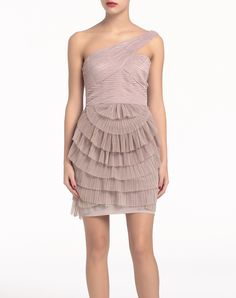 Vestido BCBG MAXAZRIA - Mujer - Vestidos - El Corte Inglés - Moda Bcbgmaxazria Dresses, Moda Online, Peplum Dress, Style Me, Formal Dresses, Cocktail Dresses, Cute, Clothes, Fashion