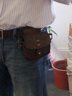 Test driving a Campomaggi belt loop leather pouch.
