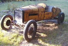 Vintage Cars 1927 Ford Model T Racer - my ex's aunt Pedal Cars, Race Cars, Old Fords, Vintage Fur, Vintage Items, Abandoned Cars, Barn Finds, Ford Models, Ford Trucks