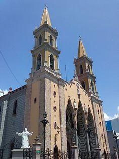 Catedral Basílica de la Inmaculada Concepción.  Sinaloa, México.  1856
