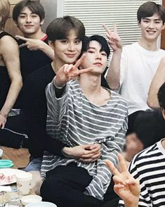 im crying in the club at 9am #dowoo #doyoung #jungwoo #nct