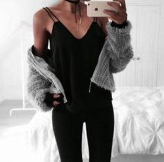 170+ Ways to Wear Black Jeans - Unique Outfits to Copy Right Now - MCO [My Cute Outfits]