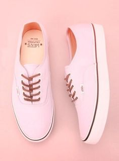 Love these Pink Vans!
