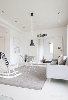 A simple interior of white and grey. Living Room Inspiration, Interior Inspiration, Ikea, Contemporary Interior Design, Simple Interior, Minimalist Interior, Scandinavian Living, White Rooms, Living Room Interior