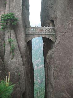 Montanha Amarela - China