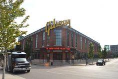 Thomann on Tour - Trip to Gibson USA: The Gibson Building in Memphis #thomann #OnTour #gibson