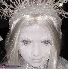 Homemade Ice Queen Costume for Girls - Photo 3/3