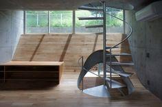House in Zushi by Takeshi Hosoka