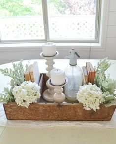 How to Style a Vintage Crate. Easy farmhouse style decor idea.