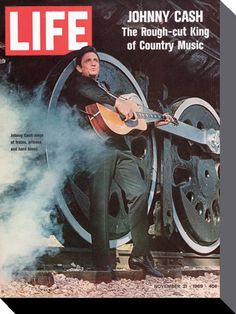 I love seeing Johnny Cash on the cover of Life Magazine. He was one of a kind 'Man In Black'. Johnny Cash June Carter, Johnny And June, Time Life Magazine, Musica Country, Life Cover, Tv Guide, Vintage Magazines, Life Is Good, Sport