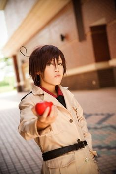((I LOVE THIS ROMANO COSPLAY OKAY I CANNOT EXPLAIN THIS FEELING WITH WORDS))