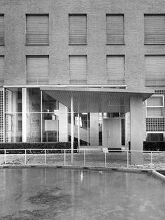 mario asnago e claudio vender - edificio per abitazioni e uffici condominio xxi aprile, via lanzone 4, milano, 1950