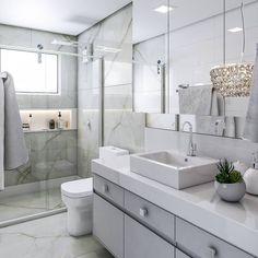 Contemporary Bathroom Inspiration, Modern Contemporary Bathrooms, Modern Bathroom, Toilet Design, Bathroom Goals, Ensuite Bathrooms, Bathroom Interior Design, House Rooms, Decoration