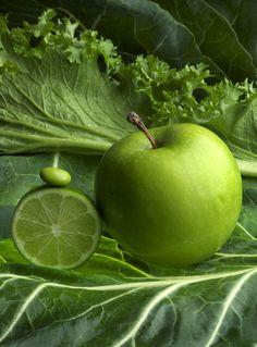 #Donnaruhlman Awesome photo of color in food. Green apple, lettuces, lime, bean.