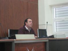 """Seminario """"Utilidad de las redes sociales en el ambito de la internacionalización"""". Catedra Extenda, Universidad de Cádiz, 12 diciembre de 2011."""