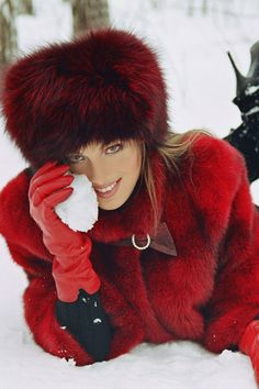 Warm Fur Hat - 10 Winter Hair Accessories You Must Have This Season