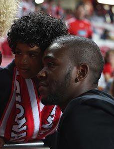 """Ola John: """"Estou a recuperar bem, graças aos profissionais do SL Benfica"""""""