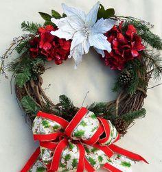 White Poinsettia Christmas Wreath Katherines by DesignsOnHoliday Red Hydrangea, Hydrangea Wreath, Christmas Greenery, Christmas Decorations, Holiday Decor, Poinsettia Wreath, Halloween Ghosts, Holiday Wreaths, Pine Cones