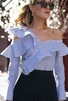 Assymetrical shirt with ruffles Only Fashion, Fashion 2017, Fashion Outfits, Fashion Trends, Street Fashion, Classy Outfits, Beautiful Outfits, Elegant Outfit, Swagg