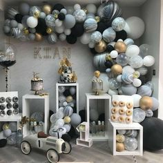 New birthday table balloons party planning ideas Deco Baby Shower, Baby Shower Backdrop, Shower Party, Baby Shower Parties, Baby Boy Shower, Boy Baby Shower Themes, Shower Games, Baby Showers, Balloon Garland
