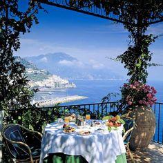 Petit déjeuner à Amalfi