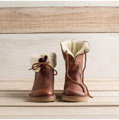 Women's Scandinavian Fleece-Lined Boots | Guideboat Company