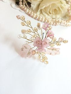 Hey, I found this really awesome Etsy listing at https://www.etsy.com/listing/239383665/bridal-headpiece-wedding-headpiece-pearl