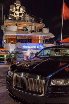 Super Yatch and luxury car for a billionaire kind of life. Luxury life, luxury f. Rms Titanic, Luxury Yachts, Luxury Cars, Private Yacht, Billionaire Lifestyle, Super Yachts, First Class, Luxury Living, Rolls Royce